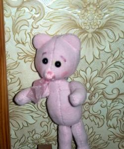 How to make a pink teddy bear?