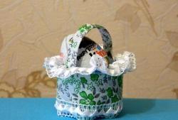 Coșul de Paște din materiale improvizate