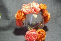 Zestaw apartamentowy, broszka z rantem z jedwabnymi kwiatami