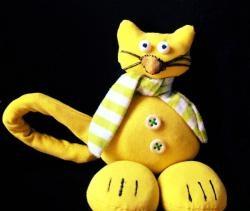 Pisică amuzantă din țesătură