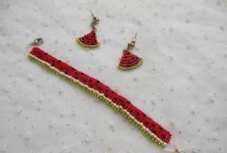 """Linia """"Arbuz"""" z koralików: bransoletka i kolczyki"""