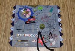 Costuramos o guardanapo em desenvolvimento da criança