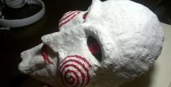 Jak zrobić maskę z papieru mache