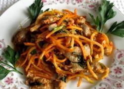 Salată de stomac cald de pui
