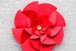 Оригинално хартиено цвете