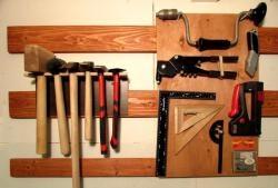 Armazenamento flexível de ferramentas na oficina doméstica