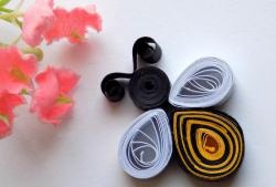 How to make a quilling bee