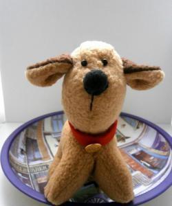 Câine de jucărie