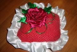 Pernă de nuntă cu trandafir