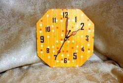 Часовник от шперплат