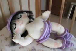 นอนตุ๊กตาทารก