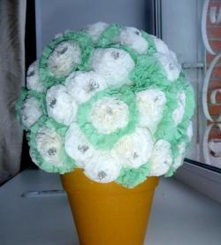 Букет цветя от салфетки