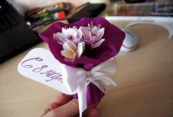 Felicitare pentru ziua de 8 martie - un buchet minunat de flori