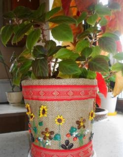 Flower pot decor