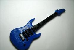 Chitară electrică din argilă polimerică