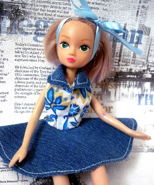 Sundress with a collar for a doll