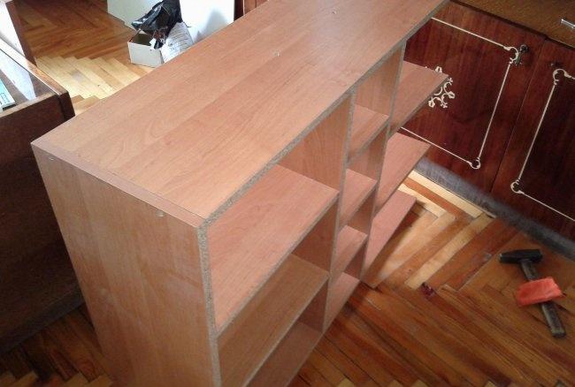 Jak zamontować szafkę kuchenną