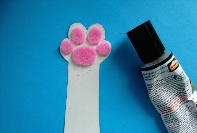 Cat Foot Bookmark