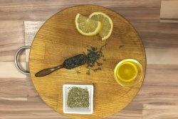 น้ำแข็งชาเขียวปรับสภาพผิวหน้า