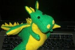 Como costurar um dragão de feltro?