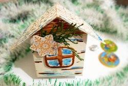 Casa de Crăciun din carton