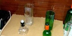 Как да отрежете стъклена бутилка