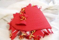 Букет от бонбони във формата на сърце