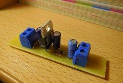 Estabilizador paramétrico no diodo transistor e zener
