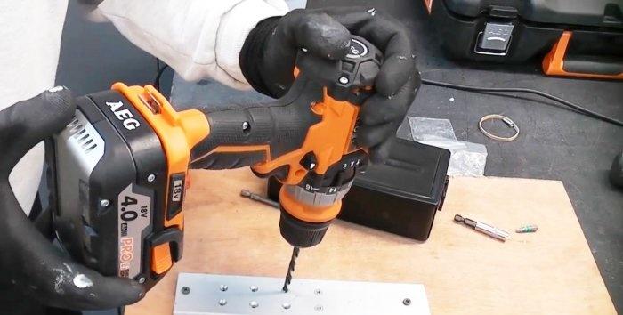Πώς να ξεβιδώσετε μια βίδα με επικάλυψη χρησιμοποιώντας το αριστερό τρυπάνι