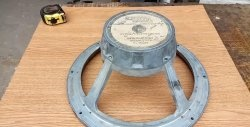Πώς να αφαιρέσετε ένα μαγνήτη χωρίς να το σπάσετε