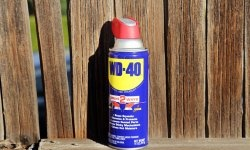 Uso incomum do WD-40