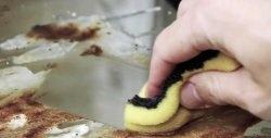 Εύκολος καθαρισμός του φούρνου με αυτοσχέδια μέσα