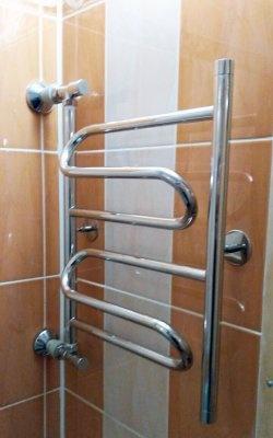 Instalação faça você mesmo de um toalheiro aquecido