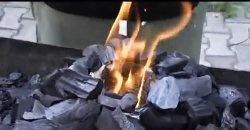 Metoda de aprindere a cărbunelui fără lichid pentru aprindere
