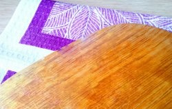 How to sanitize and eliminate odors on a chopping board