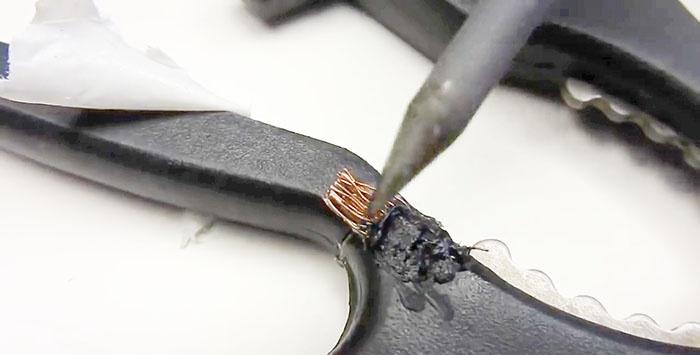 Naprawa plastikowego uchwytu nożyczek
