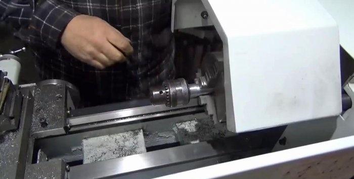 Domowa maszyna do gwintowania