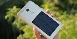 Adicione um painel solar ao seu smartphone