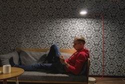 Cum să faceți o lampă de podea UPPERLIG de la IKEA și economisiți