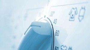 מכונת הכביסה אינה מחממת מים