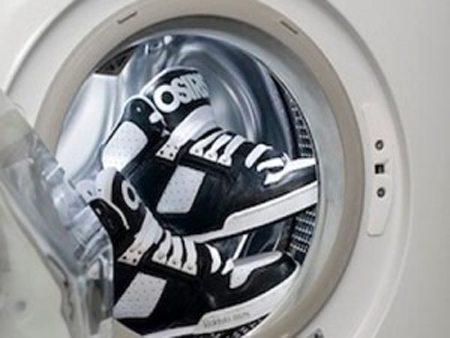 Как да перете маратонки в пералня