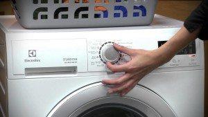 Вградена пералня Electrolux