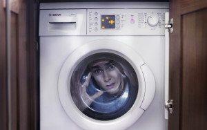 כיצד לפתוח את מכונת הכביסה בזמן הכביסה