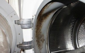 почистване на венеца на пералня