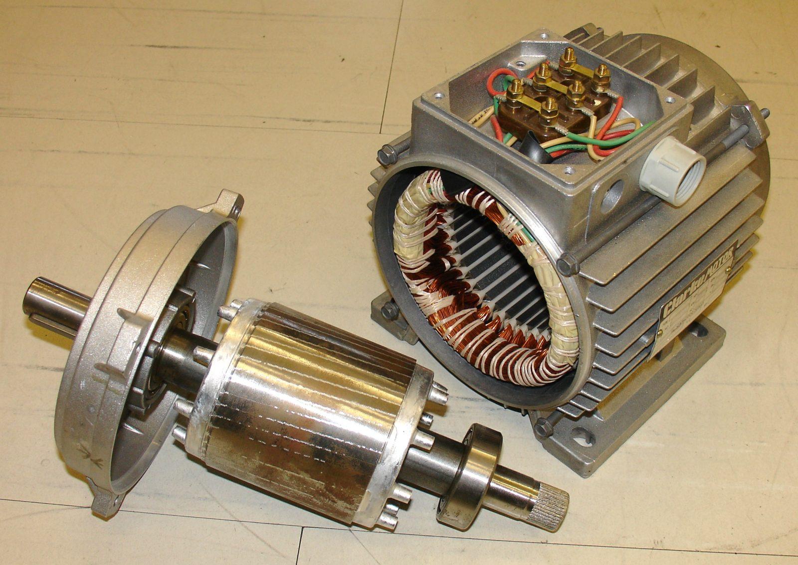 גנרטור תוצרת בית מהמנוע ממכונת הכביסה