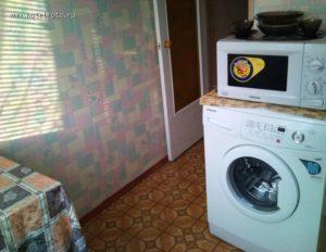 Bolehkah saya meletakkan gelombang mikro pada mesin basuh?