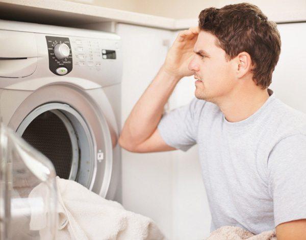 Пералнята Electrolux не се включва