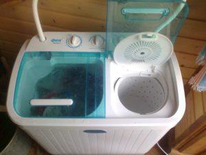 Mesin basuh untuk kediaman musim panas (tidak automatik)
