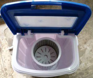 Mesin basuh mini untuk kotej musim panas