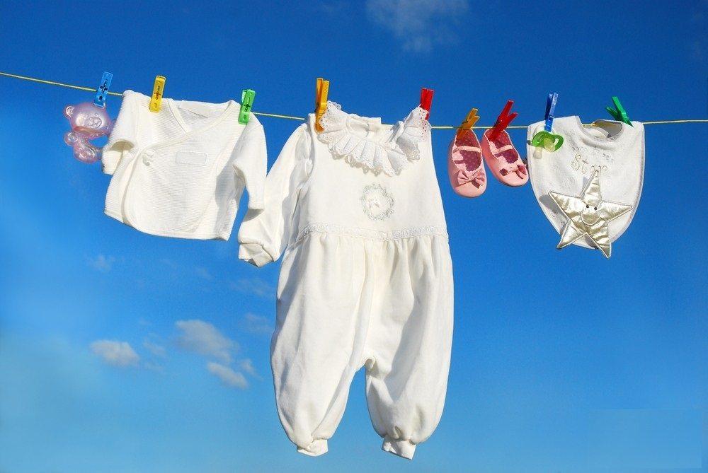 сухи бебешки дрехи